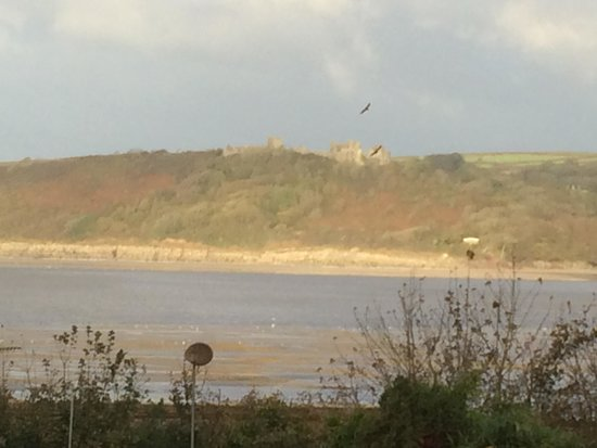 Ferryside, UK: View from Room 27 at the Three Rivers Hotel