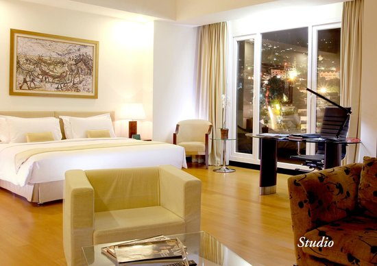 Photo of Sintesa Peninsula Hotel Manado
