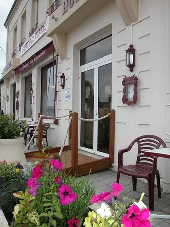 Photo of Hotel-Restaurant Le Relais du Canalou Digoin