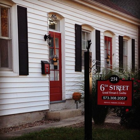 6th Street Guest House & Suites