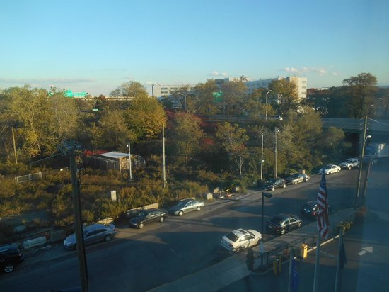 View From Room Picture Of Hilton Garden Inn Queens Jfk Airport Jamaica Tripadvisor
