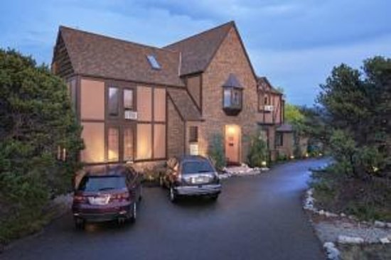 Photo of Tudor Rose Bed & Breakfast and Chalets Salida