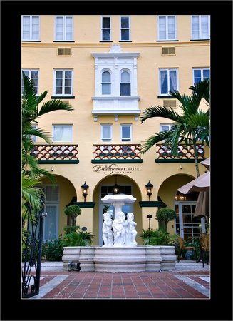Photo of Bradley Park Hotel Palm Beach
