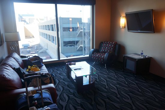 elara a hilton grand vacations club center strip junior suite