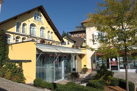 Photo of Hotel Post Velden