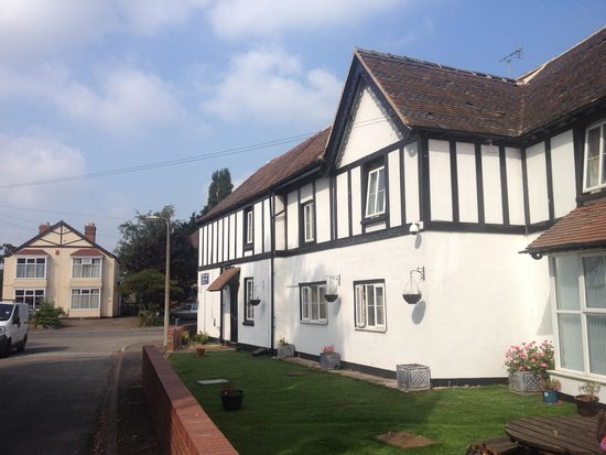 Longford Mews Guest House