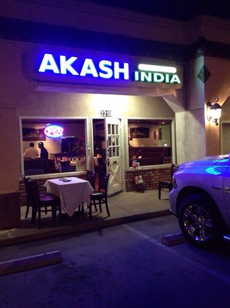 The 10 best restaurants near thousand oaks civic arts plaza for Akash indian cuisine