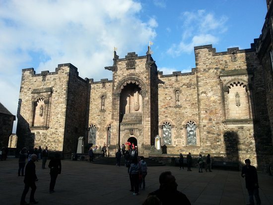 ... princess street - Picture of Edinburgh Castle, Edinburgh - TripAdvisor
