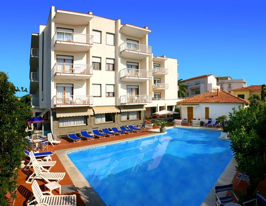 Photo of Hotel Splendid Diano Marina
