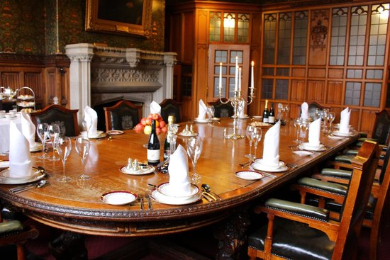 Rochdale pictures traveller photos of rochdale greater for Best private dining rooms manchester