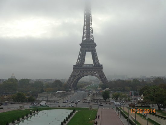 Eiffel Tour In Cloud Picture Of Eiffel Tower Paris TripAdvisor