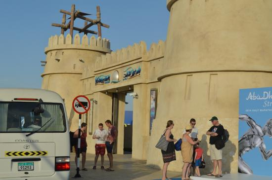 Hoteliers Had Fun In Yas Waterworld Picture Of Yas