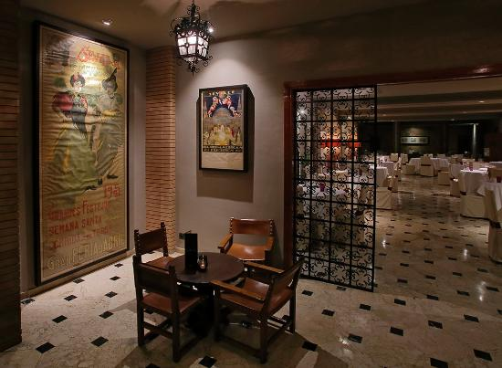 Photo of Residencia y Restaurant Fernando III Seville