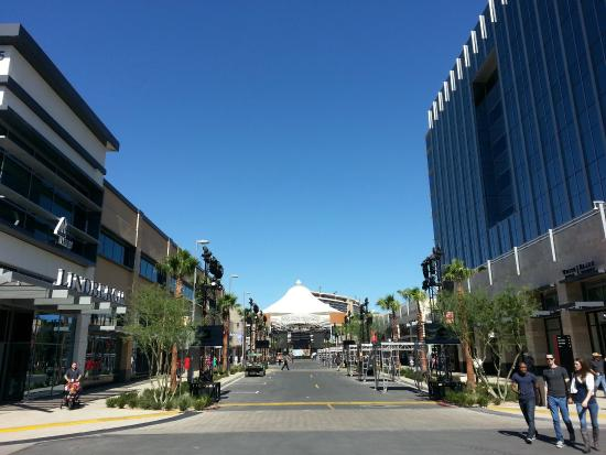 Downtown Summerlin Las Vegas Nv Address Phone Number