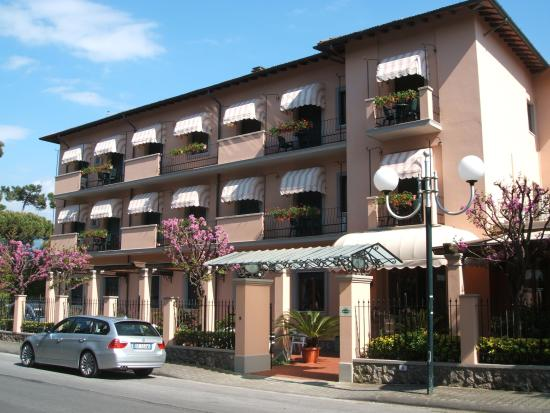 Photo of Astor Victoria Forte Dei Marmi