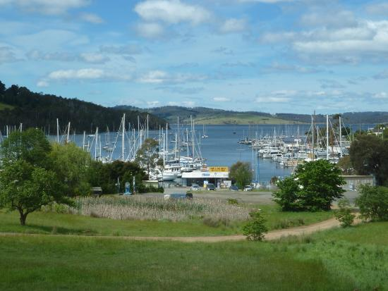 Kettering Australia  City new picture : Kettering, Australia: The D'Entrecasteaux Channel