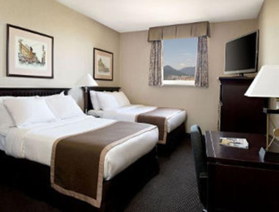 Ramada Limited Vancouver Downtown Hotel