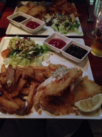 Fish and chips picture of harry 39 s reykjavik tripadvisor for Icelandic fish and chips nyc