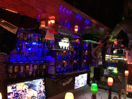 Best mexican food in nyc and gluten free mamasita bar for Food bar new york city