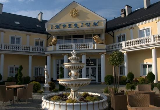 Photo of Hotel & Revue Imperium Swilcza