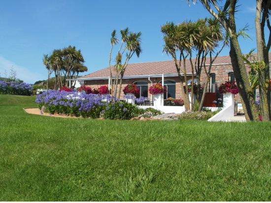 St ouen photos featured images of st ouen jersey for Garden design jersey channel islands