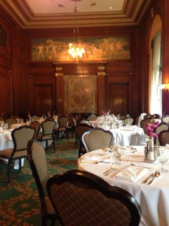 Army and navy club washington dc restaurant reviews for S s columbia dining room