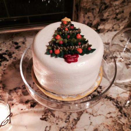 Sweet Lady Jane: Absolutely ADORABLE 11-2014 triple berry cake