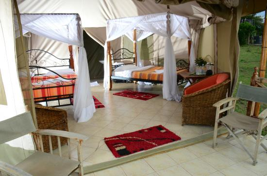Elangata Olerai Luxury Tented Camp