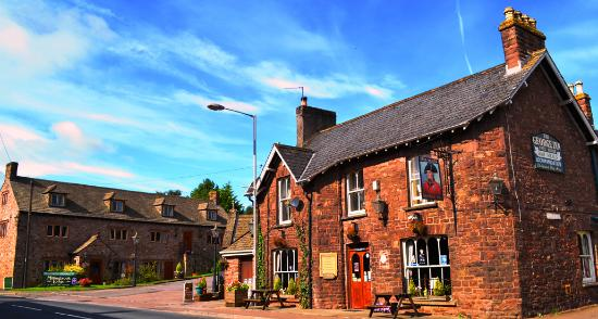 Photo of The George Inn & Millingbrook Lodge Aylburton