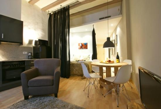 Photo of Feel Good Ramblas Apartments Barcelona