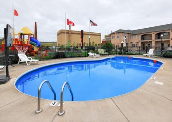 Photo of Econo Lodge at the Falls North Niagara Falls