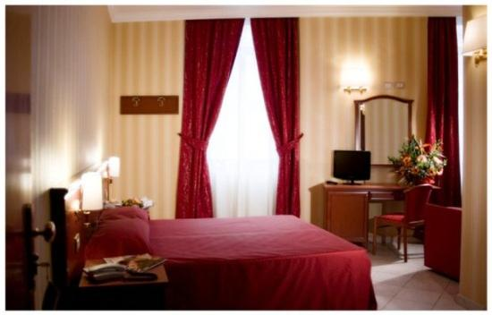 Photo of Hotel Doge Rome