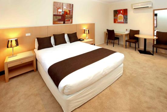 quality resort inlander mildura australia hotel. Black Bedroom Furniture Sets. Home Design Ideas