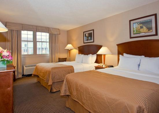 Clarion Inn Amana Colonies and Wasserbahn Waterpark Resort