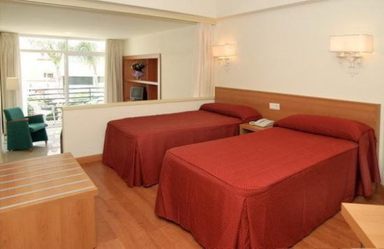 Photo of Hotel Roc Lago Rojo Torremolinos