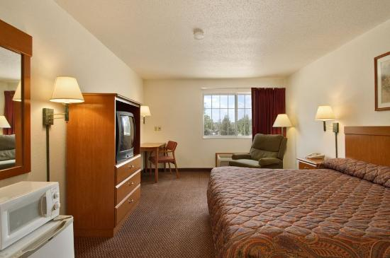 Photo of Wamego Inn & Suites