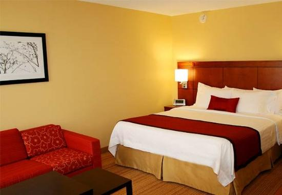 Photo of Courtyard By Marriott Laredo