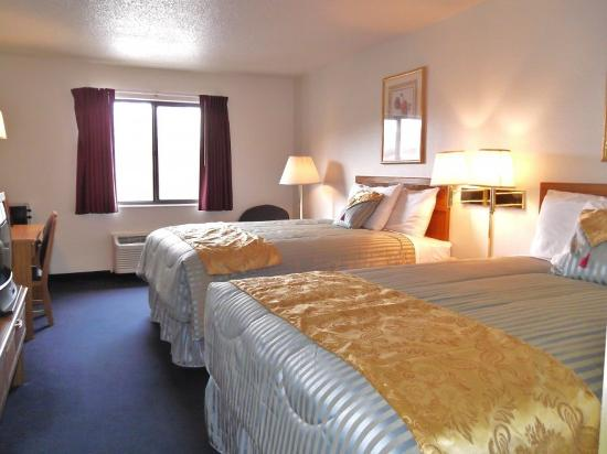 Photo of Country Hearth Inn & Suites Fulton
