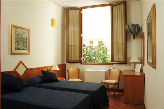 Photo of Hotel Axial Florence