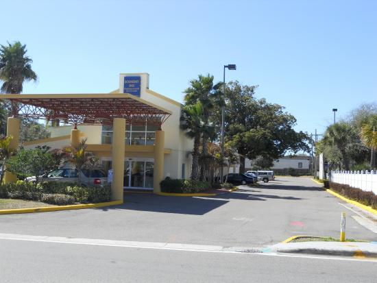 Photo of America'S Best Inns And Suites Clearwater