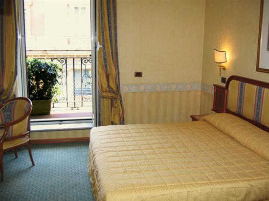 Photo of Hotel Regno Rome