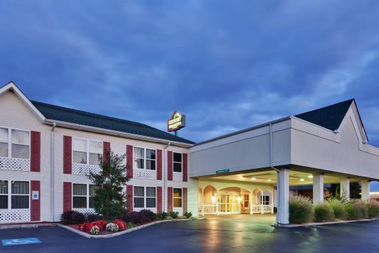 Photo of Country Inn & Suites Manchester