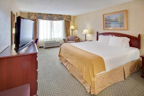 Photo of Holiday Inn Express Bismarck