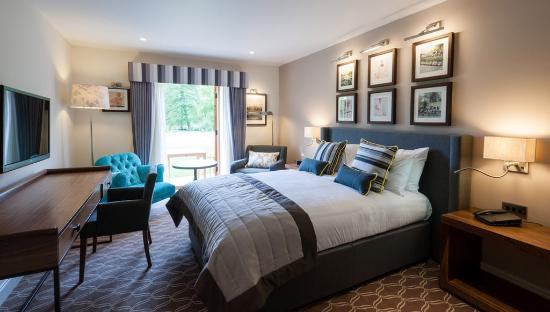 Photo of Oxford Thames Four Pillars Sandford-on-Thames
