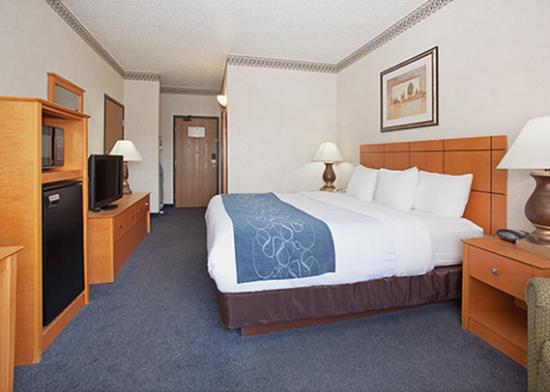 Photo of Comfort Suites Las Cruces
