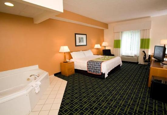 Fairfield Inn & Suites Gatlinburg North Photo