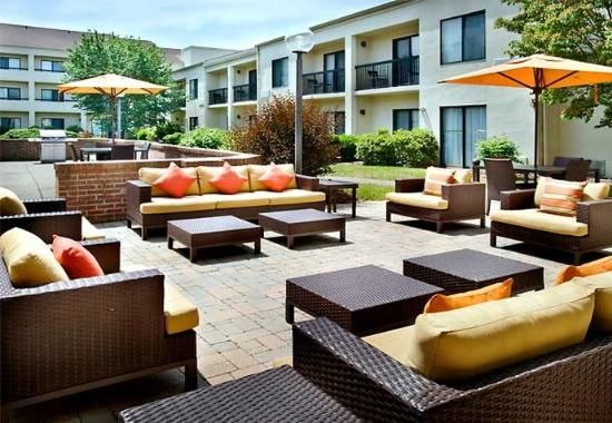 Photo of Courtyard By Marriott Pittsburgh Airport Coraopolis