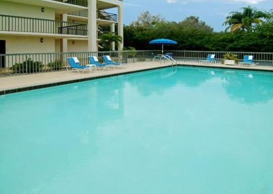 Photo of Rodeway Inn Sarasota