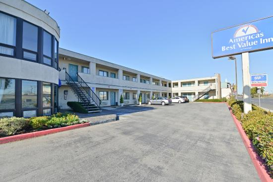 Photo of Americas Best Value Inn San Carlos