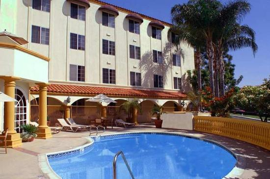 ‪Hampton Inn & Suites Santa Ana/Orange County Airport‬